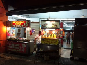 マレーシア 出張 食事