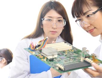 TOEIC(R) 800~900点以上・高い英語力が求められる技術職