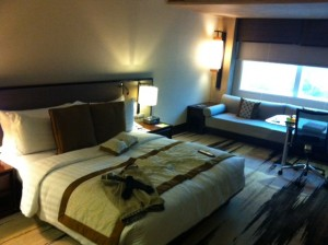 Gran Melia Jakarta 部屋 ベッド